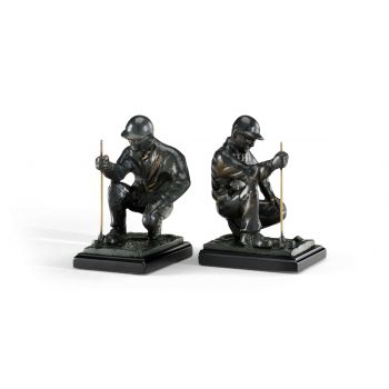 Wildwood Lamps Pair of Golfer Bookends