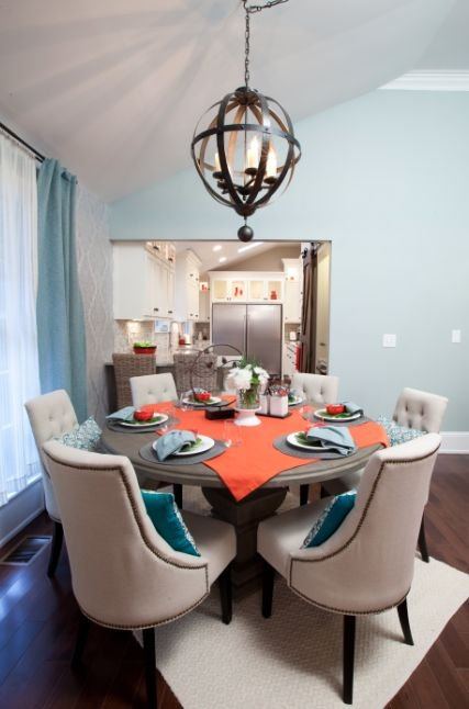 Sandy And Susyu0027s Dining Room From Property Brothers   LightsOnline.com Blog